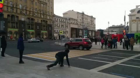 Watch At a pedestrian crossing in Moscow GIF by @ammianusmarcellinus on Gfycat. Discover more anormaldayinrussia, gif, running GIFs on Gfycat