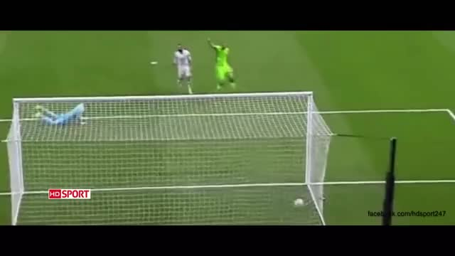 Watch and share Ronaldo 1 GIFs by srijan213 on Gfycat