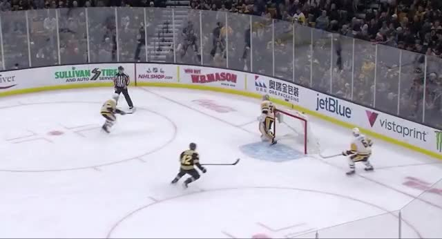 Watch Malkin Breakaway GIF by The Pensblog (@pensblog) on Gfycat. Discover more Bruins, Halak, Malkin, Penguins, The Pensblog GIFs on Gfycat