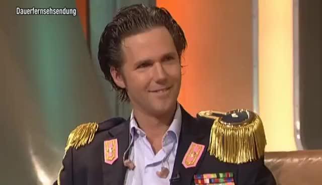 Watch and share Alexander Marcus Mit Glanz Und Gloria - TV Total GIFs on Gfycat