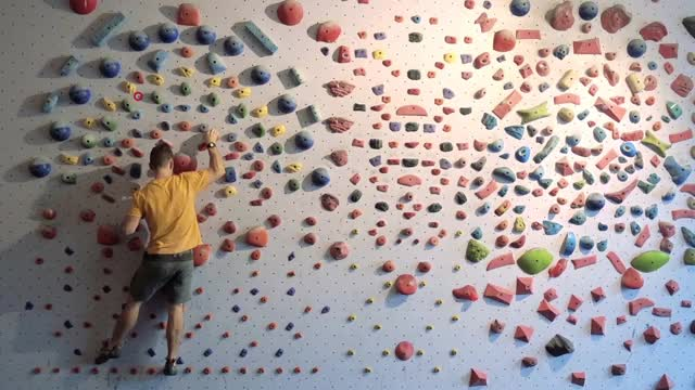 Watch and share Bouldering GIFs and Technique GIFs by redwallcompany on Gfycat