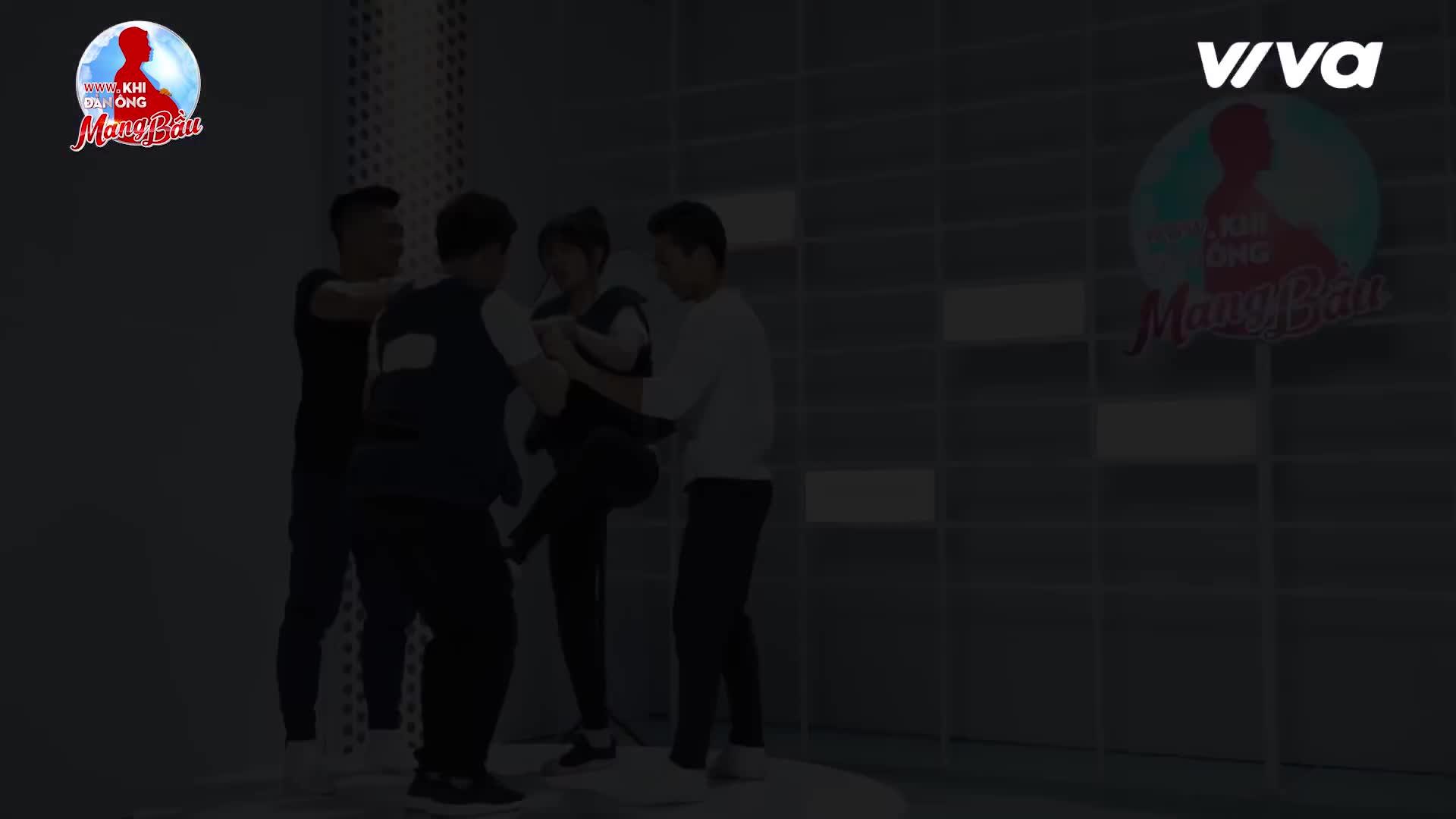 Trấn Thành làm Hari Won bật khóc, Hứa Vĩ Văn nắm tay nói yêu Kỳ Duyên?