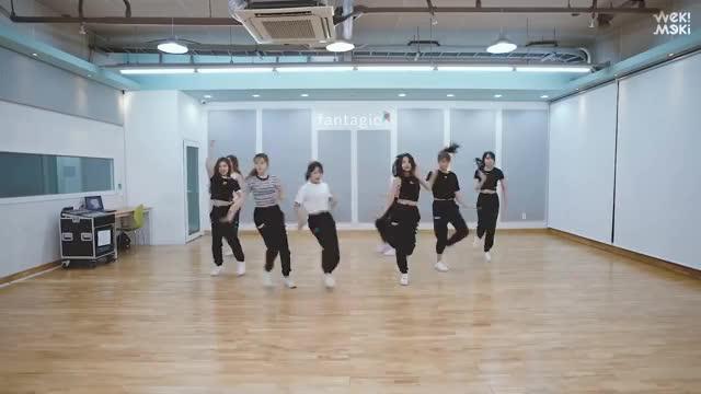 Watch and share Choiyoojung GIFs and Choreogaphy GIFs on Gfycat