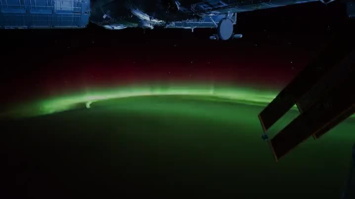 askscience, View of the Aurora Borealis from the ISS GIFs