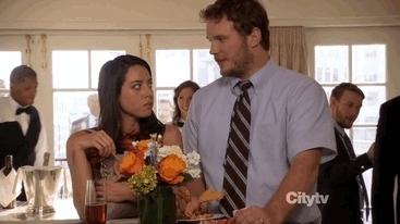 andy dwyer, andydwyer, april ludgate, aprilludgate, aubrey plaza, aubreyplaza, chris pratt, chrispratt, mine, my gifs, shrimp claw,  GIFs
