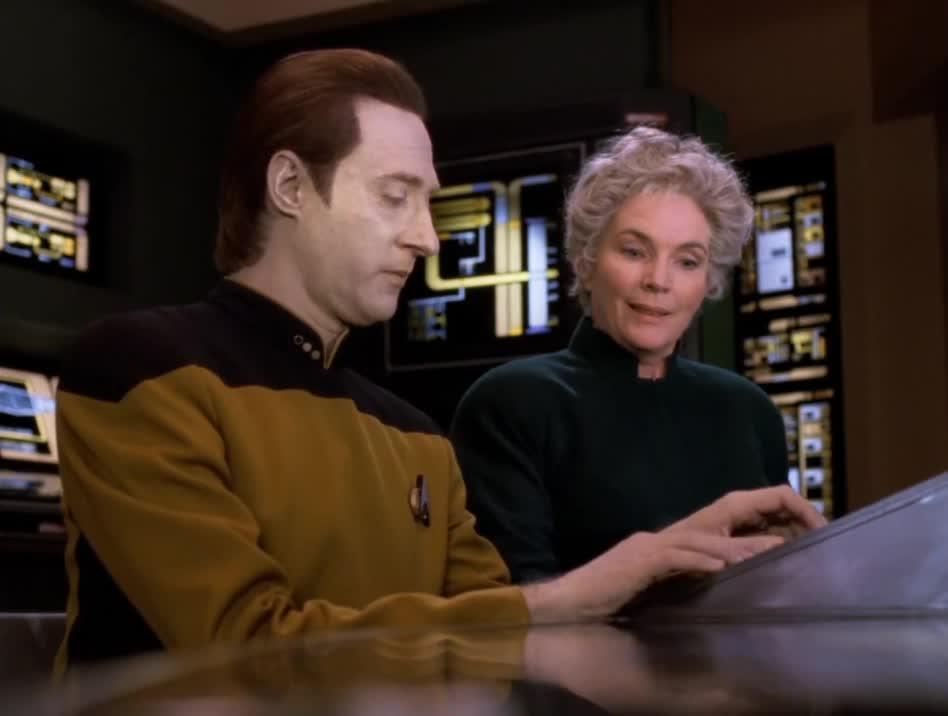 Fionnula Flanagan, Star Trek, The Next Generation, DownThePub GIFs