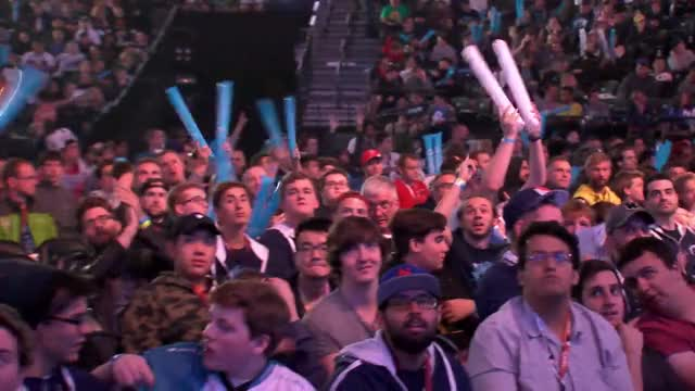 LIVE: ESL One New York 2016 I Finals | Semi Final #1 NaVi vs. Team Liquid