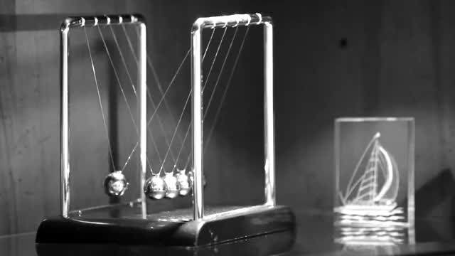 Watch and share Cinemagraph - Pendule De Newton GIFs by pilou on Gfycat