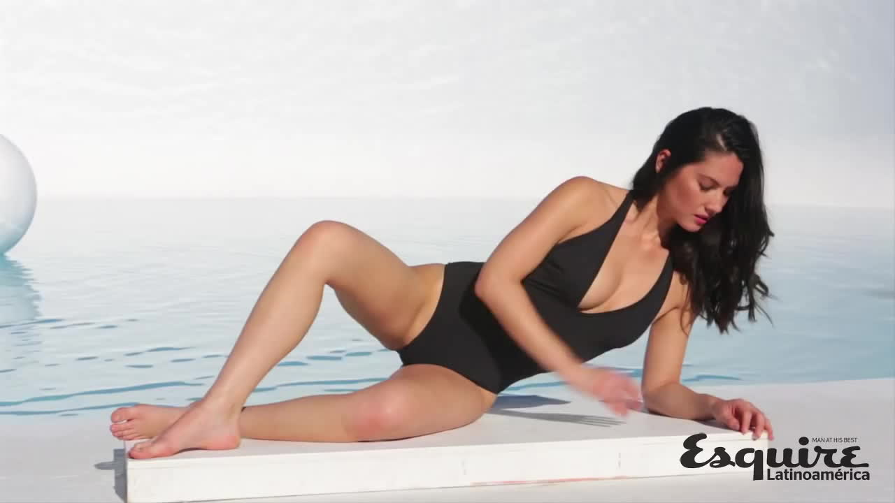 OMG how fucking HOT is Olivia Munn? Very Sexy Esquire video.