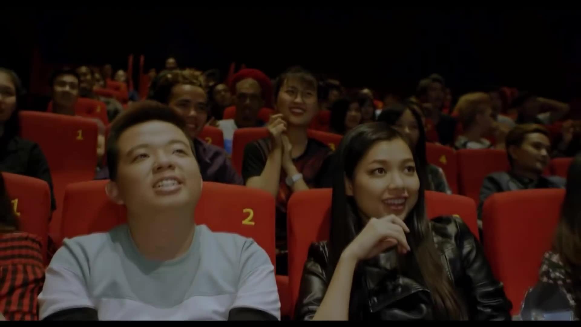 Livestream khi xem phim chiếu rạp: Hãy cận thận, vì có thể bị… ngồi tù