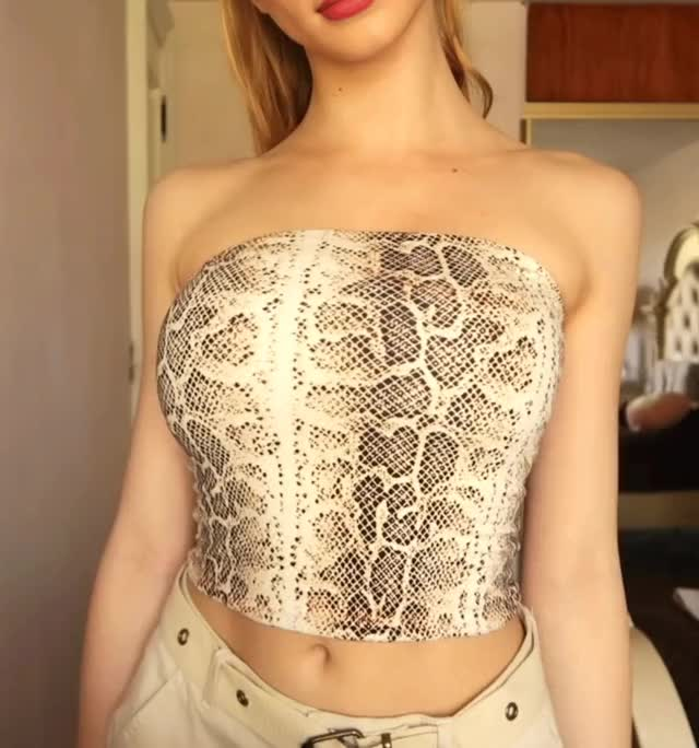 Watch this sophia diamond GIF by shapesus (@politoadmoves) on Gfycat. Discover more sophia diamond GIFs on Gfycat