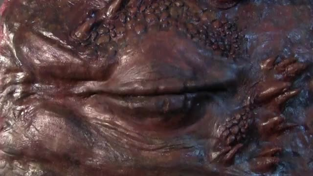 Watch Smaug Eye Animatronic GIF on Gfycat. Discover more gifs, lotr GIFs on Gfycat