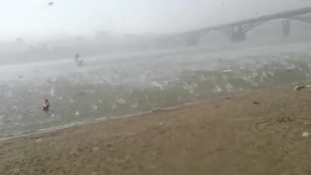 Watch and share Weathergifs GIFs and Russia GIFs by peterm on Gfycat
