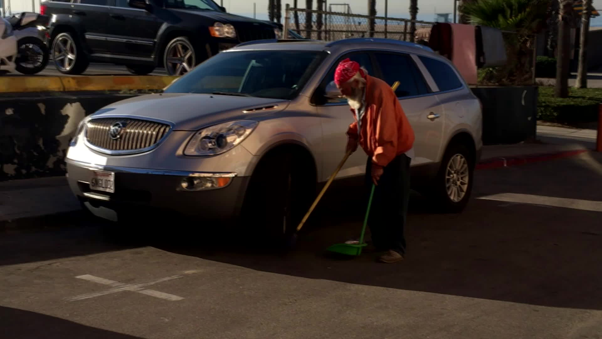 LosAngeles, losangeles, Homeless Man Cleans Streets Every Morning GIFs