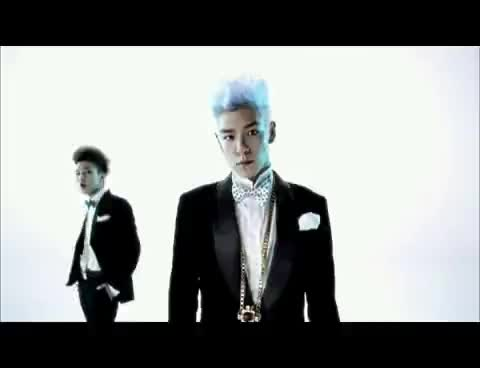 Watch and share Bingu Top GIFs and Blue Hair GIFs on Gfycat