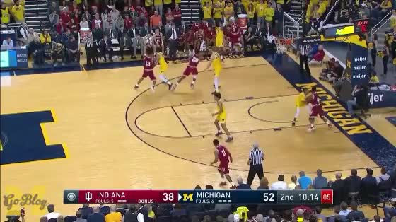 Watch and share Moritz Wagner GIFs and Post Defense GIFs by MGoBlog on Gfycat