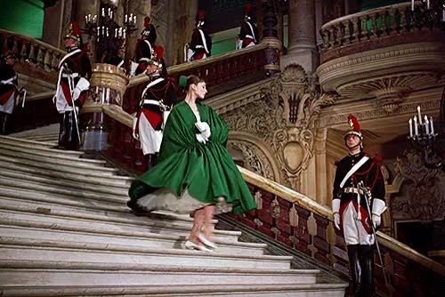 Watch funny face GIF on Gfycat. Discover more 1950s, 1950s fashion, 1950s movies, 1950s style, audrey hepburn, funny face, vintage GIFs on Gfycat