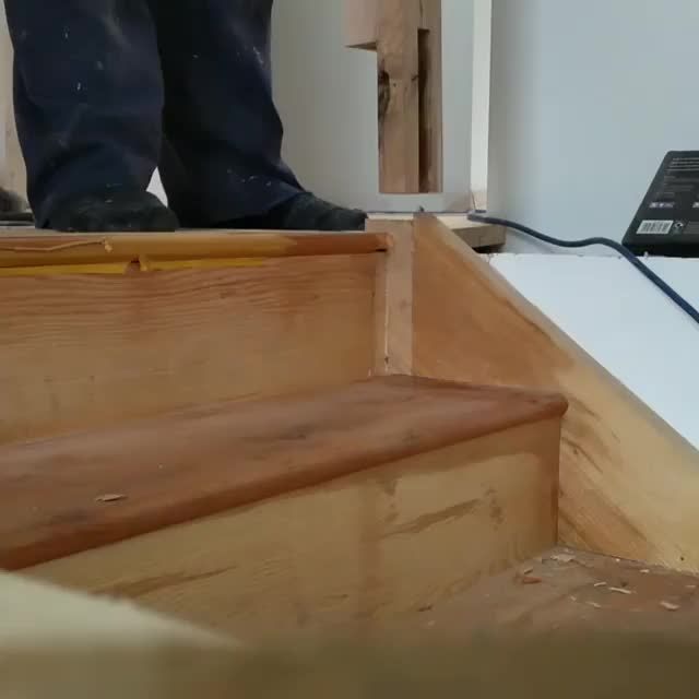 Watch Ahh challenge of retro fitting a newel post to an already installed stair case. Not perfect, but a bad effort me thinks. 😁 GIF by PM_ME_STEAM_K3YS (@pmmesteamk3ys) on Gfycat. Discover more handmade, staircase GIFs on Gfycat