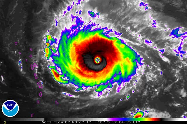 Watch and share Hurricane Irma September 5, 2017 GIFs by The Watchers on Gfycat