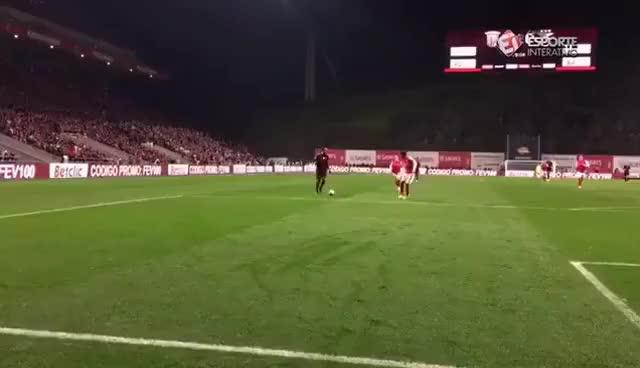 Watch and share SC Braga 0-1 SL Benfica | Golo De Mitroglou GIFs on Gfycat