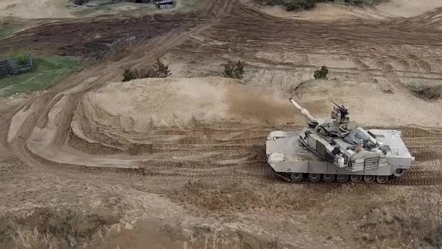 Watch and share Tankporn GIFs by puppier on Gfycat