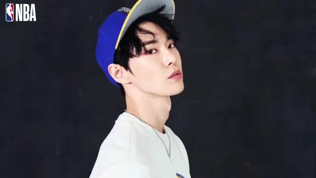 Watch Doyoung GIF by @fishsoul on Gfycat. Discover more related GIFs on Gfycat