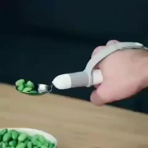 tech inventions, This self-stabilizing spoon brings back the freedom of eating independently for those with hand and arm tremors. Via @adamdanyal GIFs