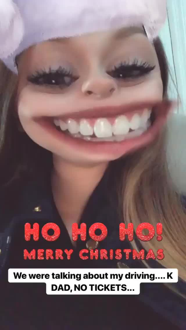 Watch and share Perksofbeinghaleynicole__ 2018-12-25 22:25:06.024 GIFs by Pams Fruit Jam on Gfycat