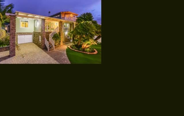 Watch and share Luxury Beach Homes GIFs and Luxury Real Estate GIFs by Jennifer J. Janzen-Botts on Gfycat