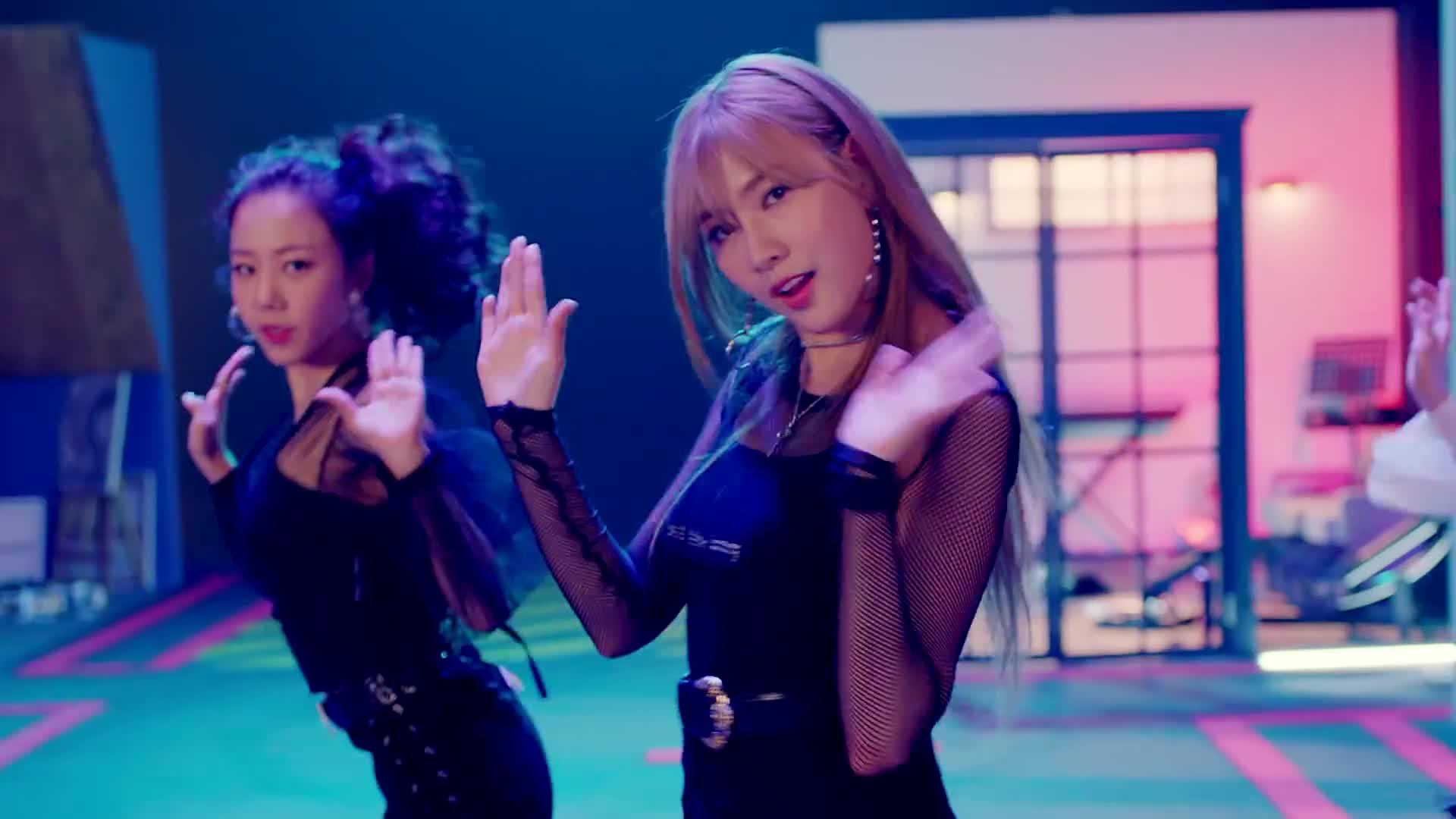 1theK, Kpop, MV, Teaser, loen, 로엔, 뮤비, 신곡, 원더케이, 티져, [MV] Apink(에이핑크) _ I'm so sick(1도 없어) GIFs
