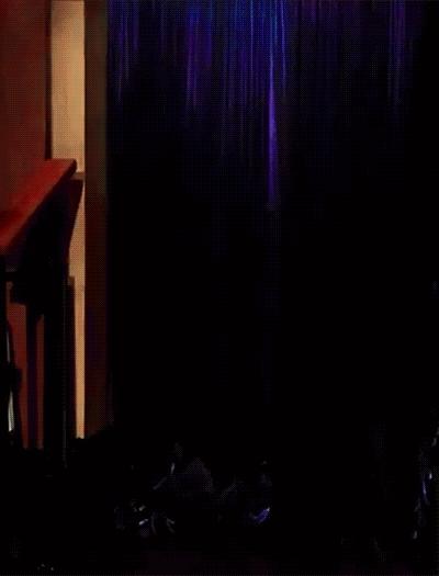 Arrival, Boobs, ChristinaHendricks, Christina Hendricks Late Late Show Arrival GIFs