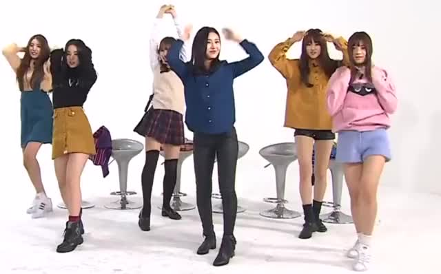 Watch GFriend GIF by Beagle (@beagle) on Gfycat. Discover more gfriend, kpop GIFs on Gfycat
