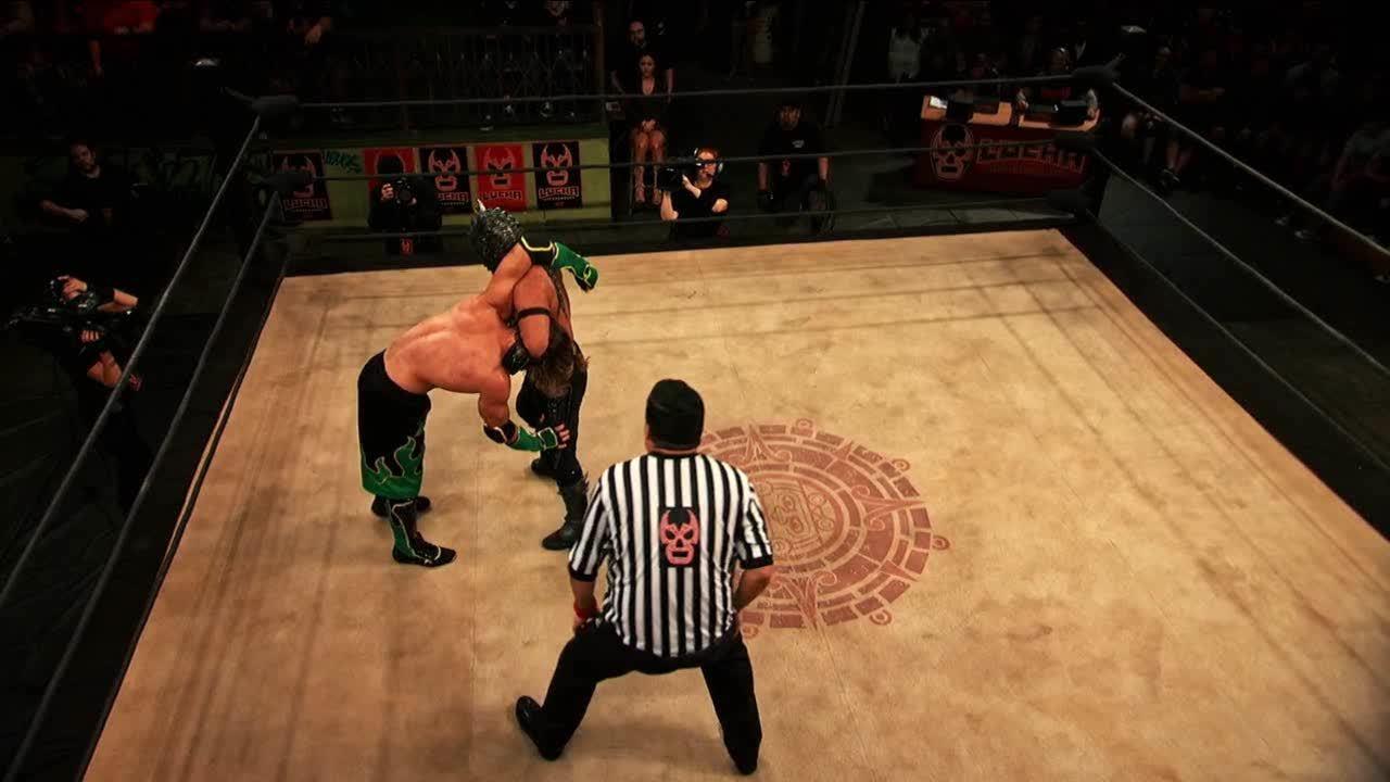 LuchaUnderground, SquaredCircle, luchaunderground, Lucha Underground - Drago hits a top rope hung DDT! GIFs