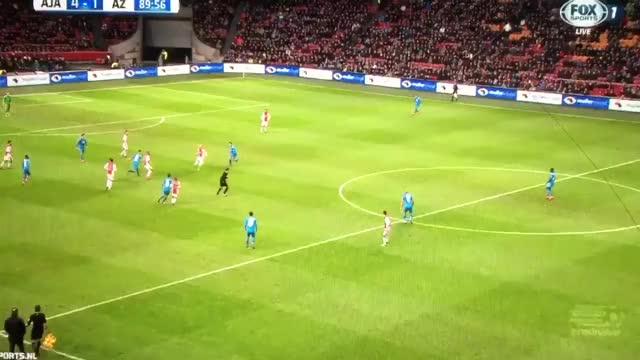 Watch and share Dutch Goals And More - 90' ⚽️ GOAL! Milik 4-1. #ajax #ajaaz #milik #Eredivisie GIFs on Gfycat