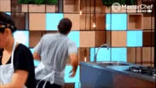 Watch Correndo GIF on Gfycat. Discover more related GIFs on Gfycat