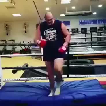 boxing, dancing, fight, sports, Tyson Fury dancing GIFs