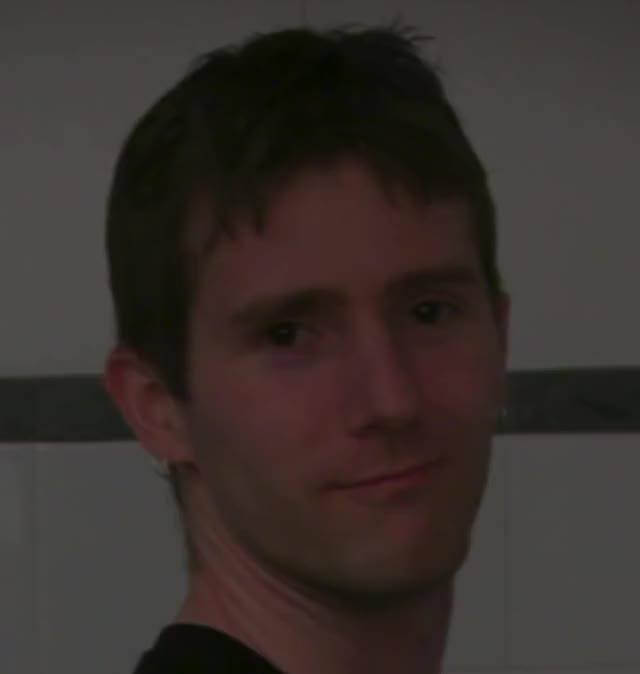 Watch and share Linus [OmDAIeWDqt0]-1 GIFs by masterfat on Gfycat