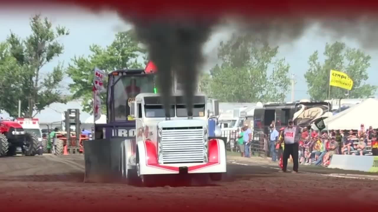 BetterEveryLoop, Tractor pulls shot put GIFs
