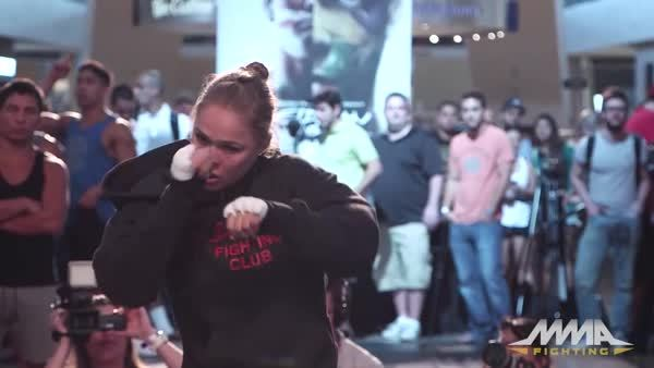 MMA, PublicFreakout, Ronda Rousey, funny, Ronda Shadow Boxing GIFs