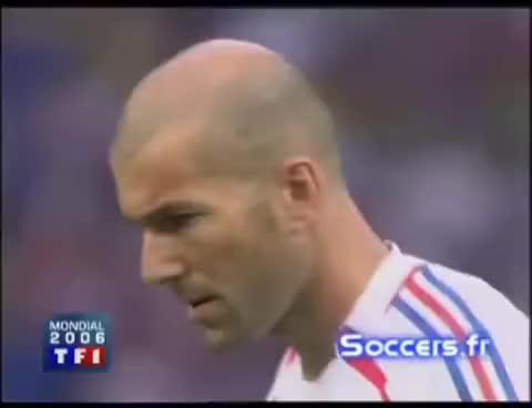 Watch and share Penalty Panenka De Zidane Final Mundial 2006 GIFs on Gfycat