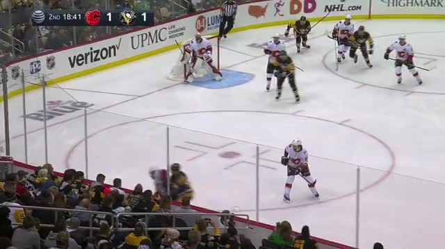 Watch and share Frolik 2-1 Entry GIFs by The Pensblog on Gfycat