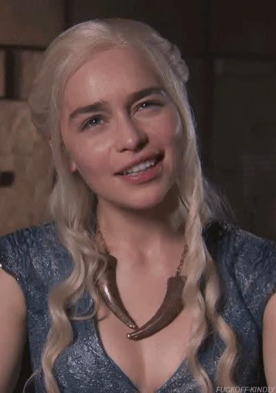 celebs, emilia clarke, Emilia Clarke GIFs