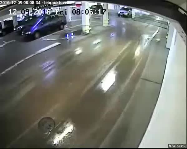 IdiotsInCars, popular, Liepājas pašvaldības policija! GIFs