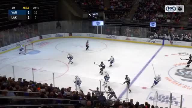 Watch and share Los Angeles Kings GIFs and Vancouver Canucks GIFs by Beep Boop on Gfycat