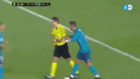 Watch and share AGRESIÓN DE CRISTIANO RONALDO AL ARBITRO EN CLÁSICO ESPAÑOL. GIFs on Gfycat
