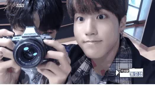 Watch 323f8920f6891b86f89b78ca2ecc5b4860dd210f hq GIF by @furinsou on Gfycat. Discover more Jisung, Stray Kids, furinsou GIFs on Gfycat