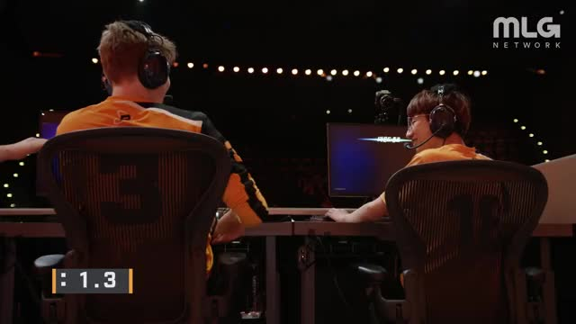 Watch and share Philadelphia Fusion GIFs and San Francisco Shock GIFs by rocket52 on Gfycat