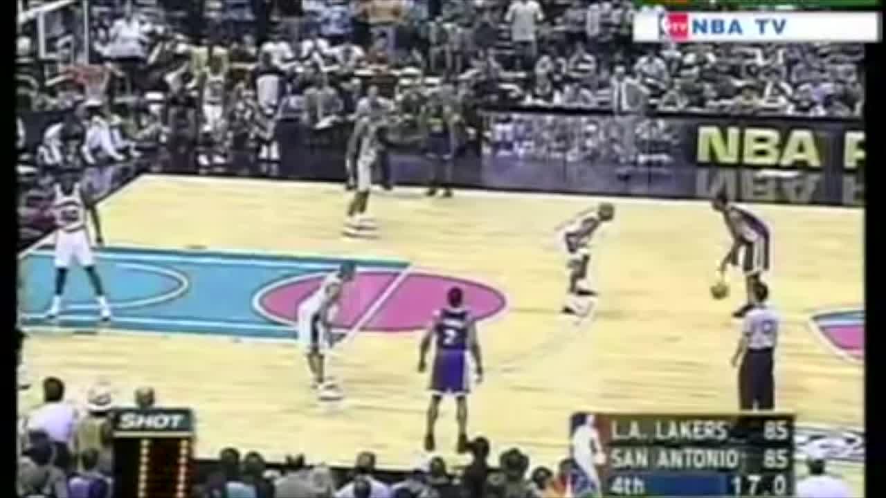 Kobe game-winner vs Spurs GIFs