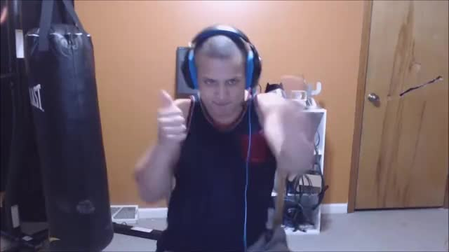 Tyler1 breaks the world record - Most punches in 1 minute (GONE WRONG)