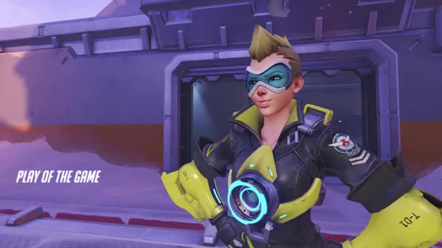 Watch tracer GIF by Joseph Bolster (@stealk) on Gfycat. Discover more overwatch, potg, tracer GIFs on Gfycat
